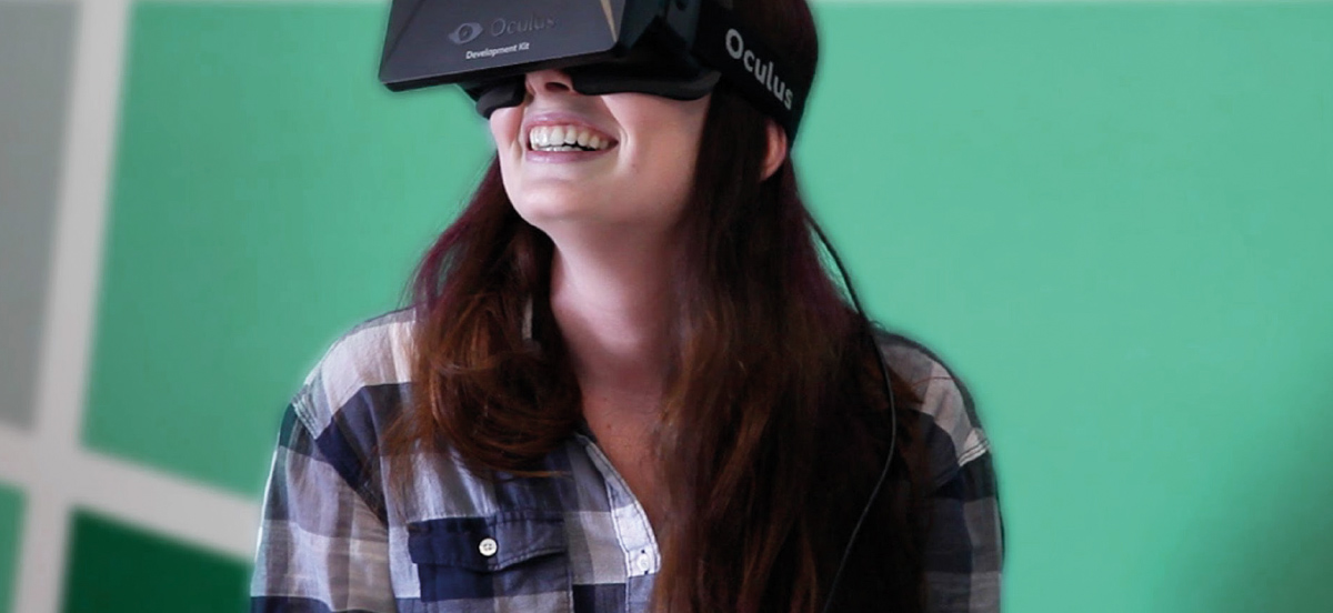 woman using Oculus Rift for immersive learning